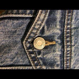 GAP Jackets & Coats - GAP vintage denim jacket size L
